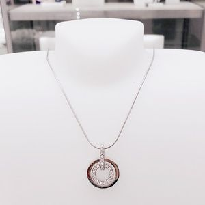 CIRCLE PENDANT, WHITE, RHODIUM PLATING